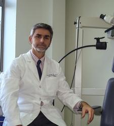 Dr. Alfredo Santamaría Carvallo