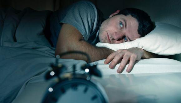 No lograr sueño profundo incrementaría riesgo de padecer demencia